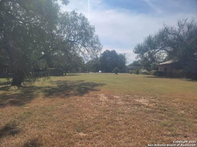 7319 Palm Park Blvd, San Antonio, TX 78223 (MLS #1563077) :: Beth Ann Falcon Real Estate