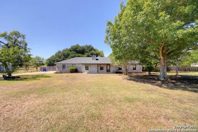 374 Schneider Rd, Seguin, TX 78155 (MLS #1563149) :: Vivid Realty