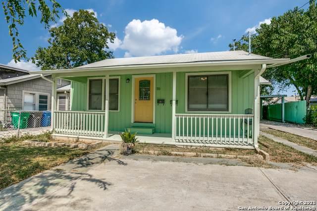 715 W Ridgewood Ct, San Antonio, TX 78212 (MLS #1563157) :: The Real Estate Jesus Team