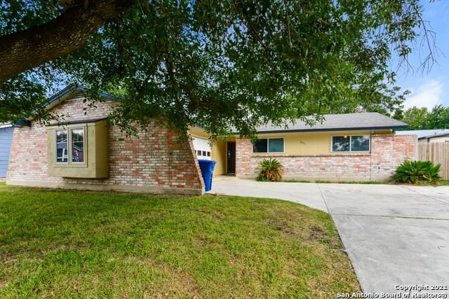 2831 Hiawatha, San Antonio, TX 78210 (MLS #1563190) :: The Lopez Group