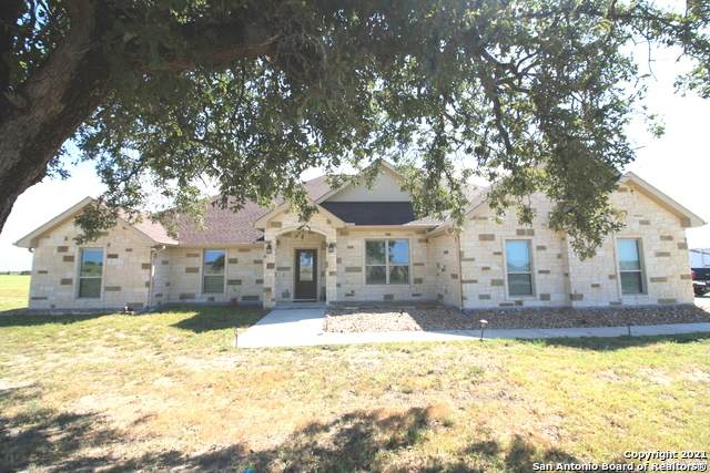 227 Triple Bend Dr, La Vernia, TX 78121 (MLS #1563234) :: Alexis Weigand Real Estate Group