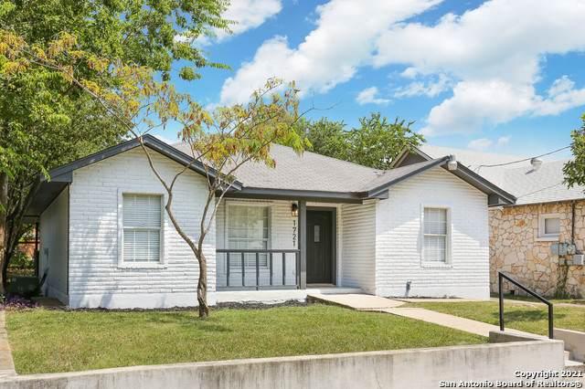 1721 W Mistletoe Ave, San Antonio, TX 78201 (MLS #1563242) :: Beth Ann Falcon Real Estate