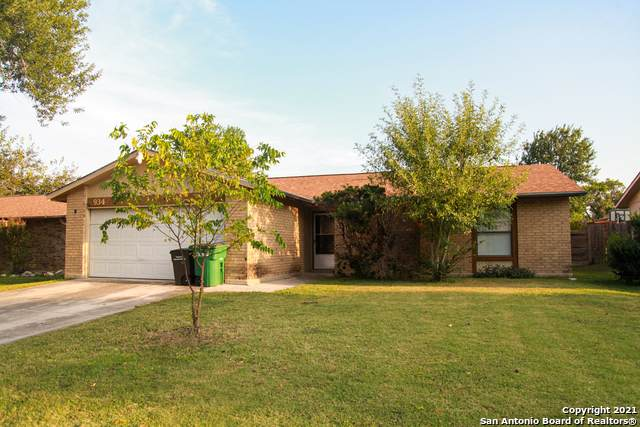 934 Hayloft Ln, San Antonio, TX 78245 (MLS #1563366) :: The Gradiz Group