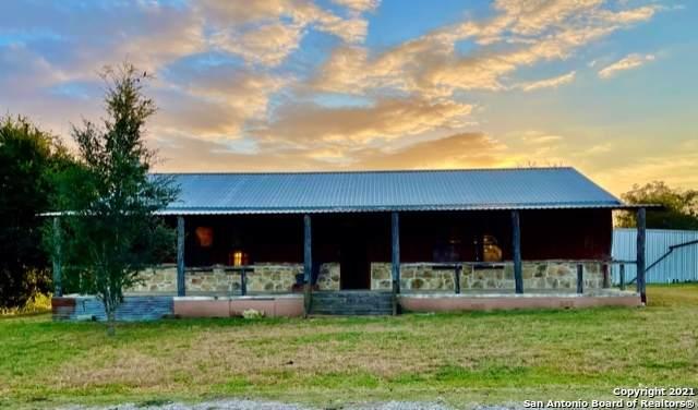 501 Hudson St, Runge, TX 78151 (MLS #1563374) :: Beth Ann Falcon Real Estate