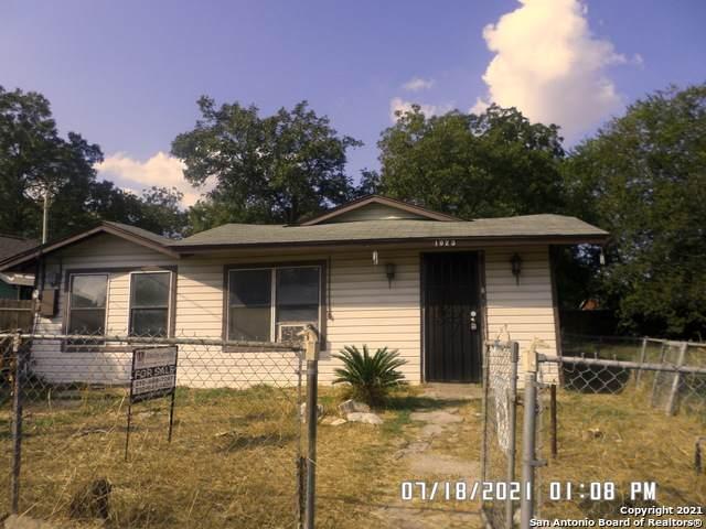 1023 Patton Blvd, San Antonio, TX 78237 (MLS #1563455) :: Vivid Realty