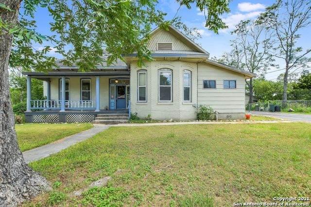 104 Church St, Schertz, TX 78154 (MLS #1563510) :: The Gradiz Group