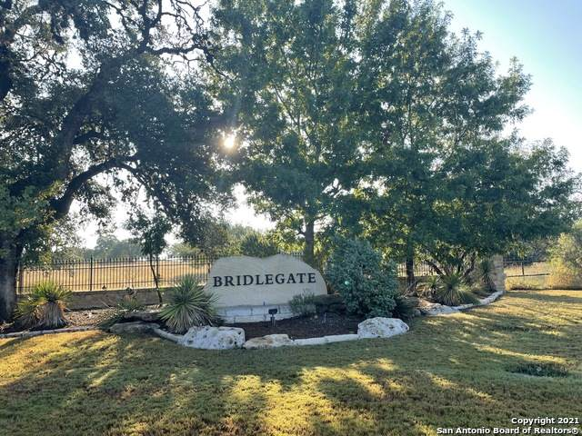 857 Martingale Trail, Bandera, TX 78003 (MLS #1563527) :: Beth Ann Falcon Real Estate