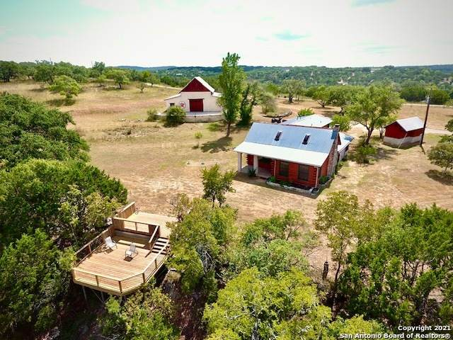 401 Twin Creek Rd, Dripping Springs, TX 78620 (MLS #1563652) :: Phyllis Browning Company