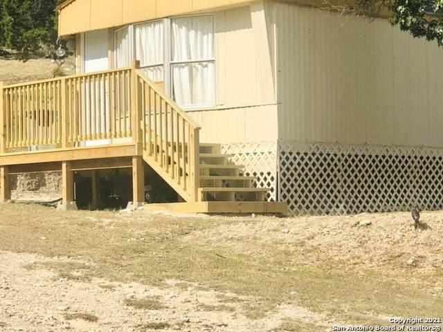 1999 Oil Well Rd, Pipe Creek, TX 78063 (MLS #1563754) :: Beth Ann Falcon Real Estate