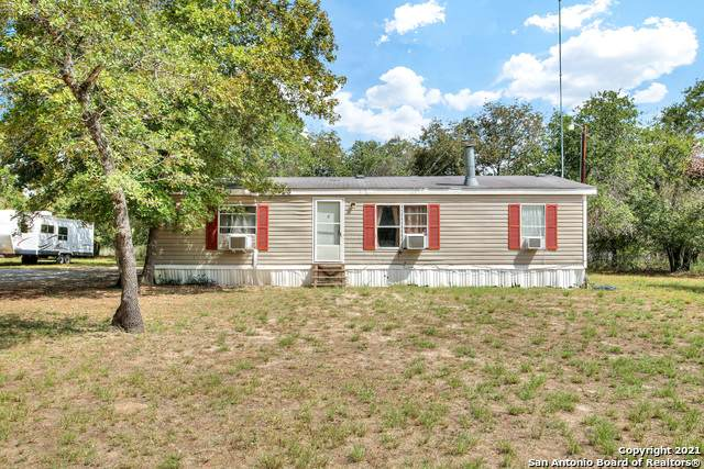 161 County Road 7812, Natalia, TX 78059 (MLS #1563791) :: Alexis Weigand Real Estate Group