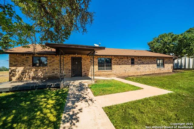 123 Troulon Dr, Kerrville, TX 78028 (MLS #1563828) :: The Real Estate Jesus Team
