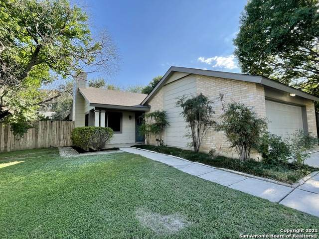 5942 Misty Glen, San Antonio, TX 78247 (MLS #1563903) :: The Glover Homes & Land Group