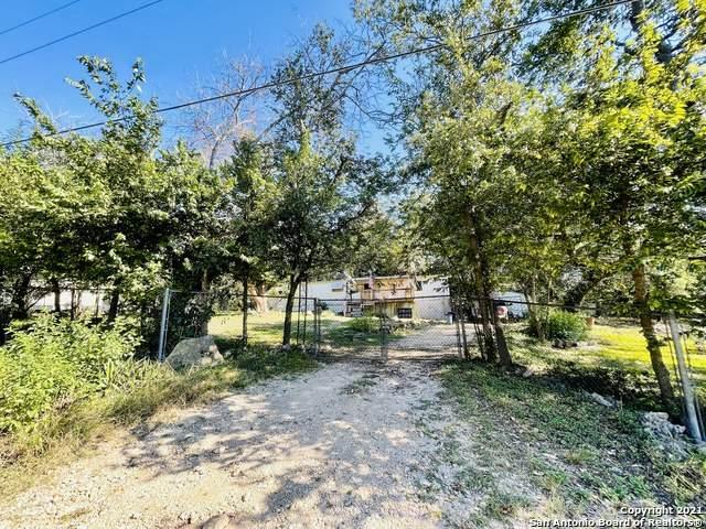 255 Oaklane St, Canyon Lake, TX 78133 (MLS #1563926) :: Vivid Realty