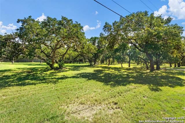 104 Windmill Rd, Shavano Park, TX 78231 (MLS #1564053) :: The Real Estate Jesus Team