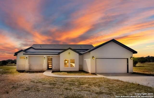 500 John Price, Blanco, TX 78606 (MLS #1564082) :: The Real Estate Jesus Team