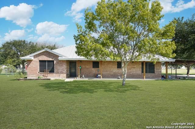 2065 S Santa Clara Rd, Marion, TX 78124 (MLS #1564160) :: Alexis Weigand Real Estate Group