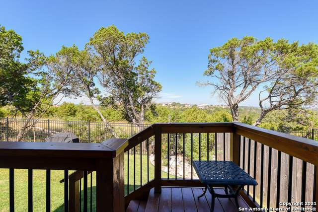 21 Mariposa Pkwy, Boerne, TX 78006 (MLS #1564261) :: 2Halls Property Team | Berkshire Hathaway HomeServices PenFed Realty