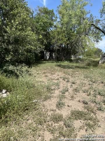 230 Loma Vista St, New Braunfels, TX 78130 (MLS #1564394) :: BHGRE HomeCity San Antonio