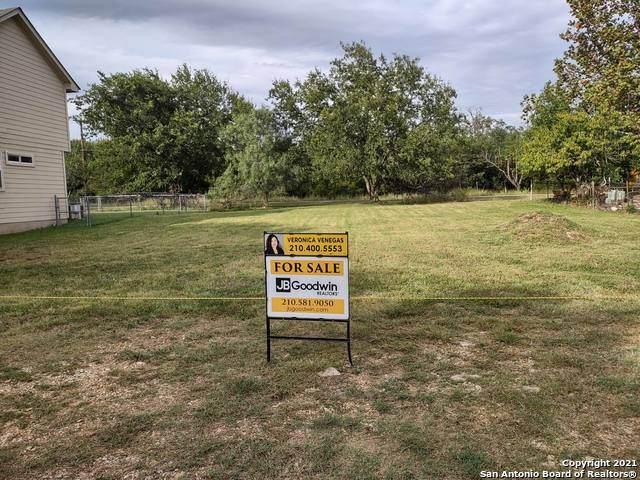 327 Ebner St, Boerne, TX 78006 (MLS #1564449) :: The Curtis Team