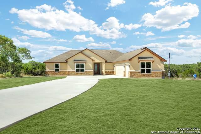 607 County Road 2720, Mico, TX 78056 (MLS #1564581) :: Concierge Realty of SA