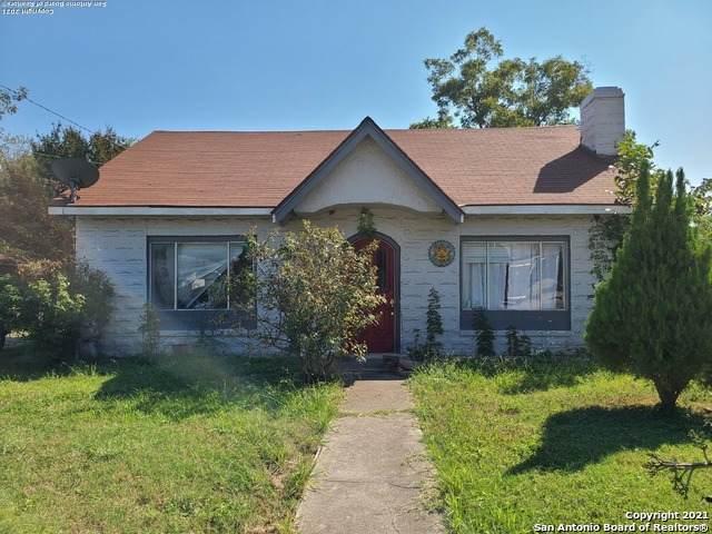 626 W Harding Blvd, San Antonio, TX 78221 (MLS #1564636) :: Beth Ann Falcon Real Estate