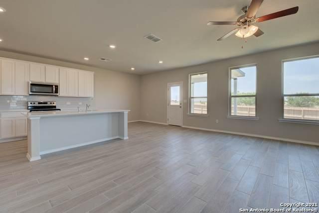 10122 Agave Azul, San Antonio, TX 78224 (MLS #1564661) :: Alexis Weigand Real Estate Group