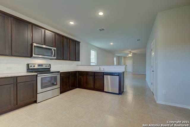 10102 Agave Azul, San Antonio, TX 78224 (MLS #1564666) :: Alexis Weigand Real Estate Group