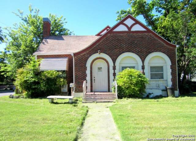 2402 Saunders Ave, San Antonio, TX 78207 (MLS #1564740) :: The Real Estate Jesus Team