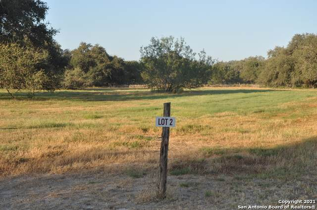 LOT 2 Private Road 7614, Devine, TX 78016 (MLS #1564980) :: The Glover Homes & Land Group
