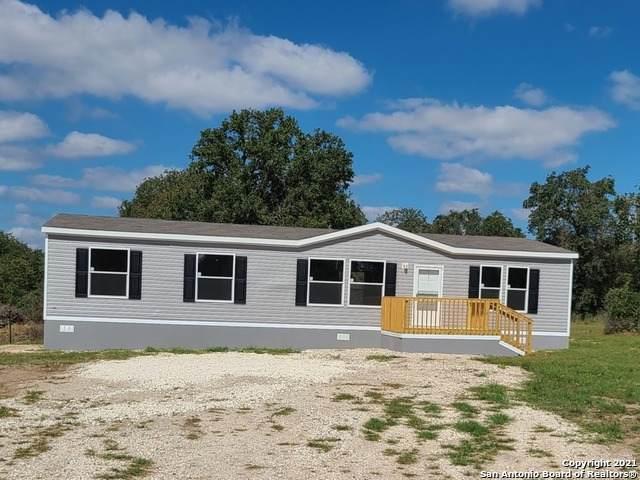 214 Shady Oaks Dr, San Antonio, TX 78114 (MLS #1564984) :: Vivid Realty