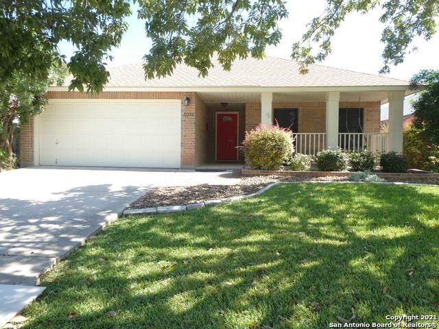 11210 Sutton Pl, San Antonio, TX 78249 (MLS #1565015) :: Beth Ann Falcon Real Estate