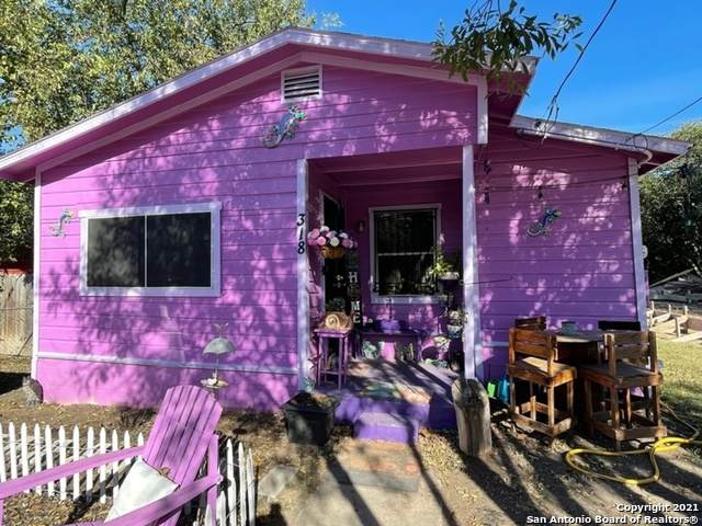 318 Moselle Ave, San Antonio, TX 78237 (MLS #1565034) :: 2Halls Property Team | Berkshire Hathaway HomeServices PenFed Realty