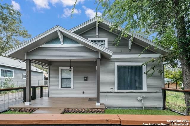 222 Douglas Way, San Antonio, TX 78210 (MLS #1565104) :: Alexis Weigand Real Estate Group