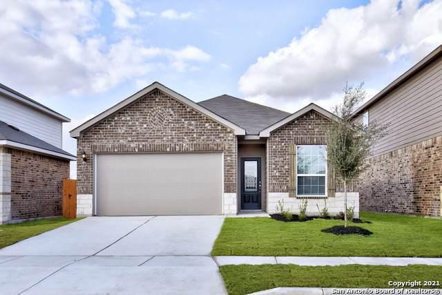 9219 Foxing Bluff, Converse, TX 78109 (MLS #1565186) :: Beth Ann Falcon Real Estate
