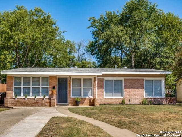 263 Brettonwood Dr, San Antonio, TX 78218 (MLS #1565227) :: Beth Ann Falcon Real Estate