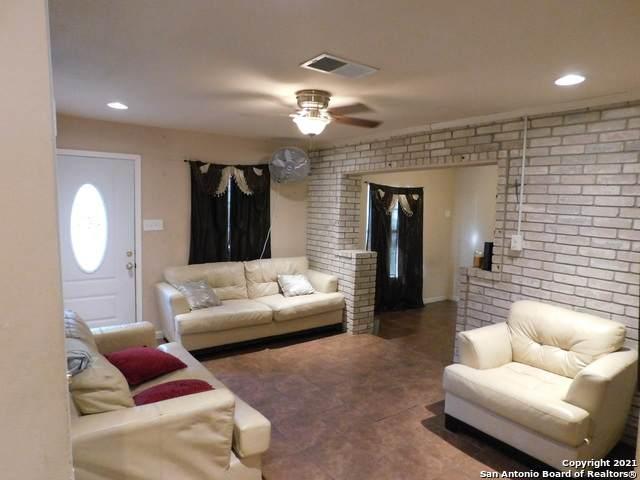 5335 Bakersfield St, San Antonio, TX 78228 (MLS #1565234) :: 2Halls Property Team | Berkshire Hathaway HomeServices PenFed Realty