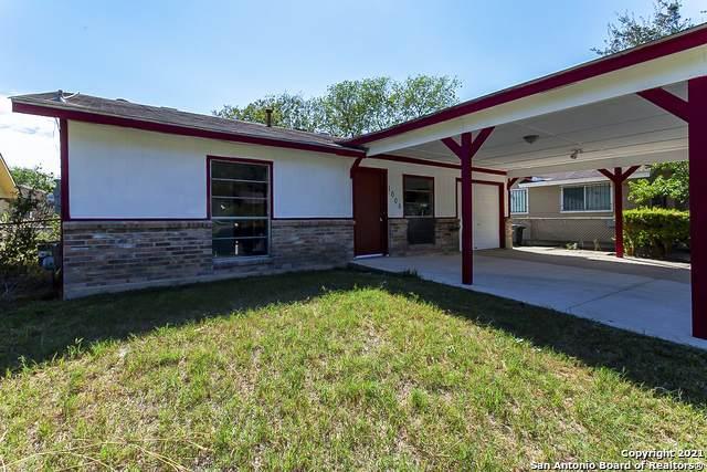 1006 S Brownleaf St, San Antonio, TX 78227 (MLS #1565247) :: Alexis Weigand Real Estate Group