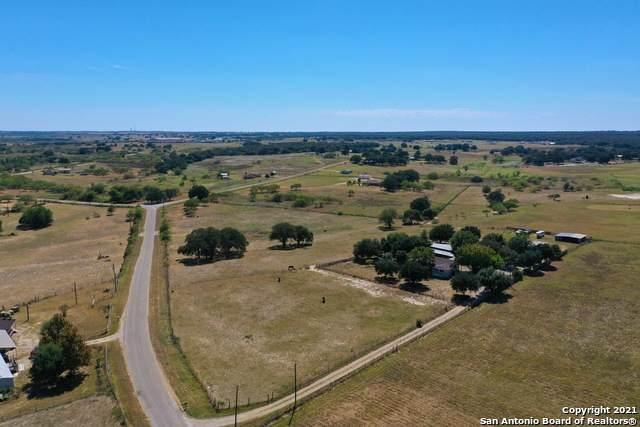 156 Santa Gertrudis Dr, Sutherland Springs, TX 78161 (MLS #1565254) :: The Glover Homes & Land Group