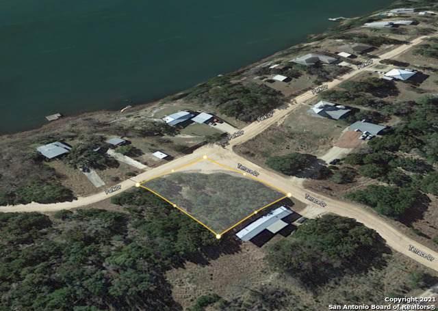LOTS 32 & 33 Park, Bandera, TX 78003 (MLS #1565257) :: Carolina Garcia Real Estate Group