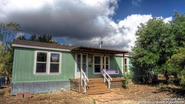 644 Squirrel Bend, Uvalde, TX 78801 (MLS #1565262) :: Concierge Realty of SA