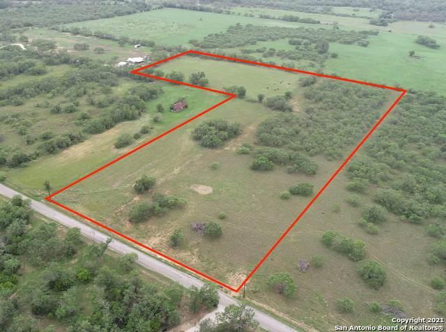 540 Single Oak, Seguin, TX 78155 (MLS #1565437) :: The Glover Homes & Land Group
