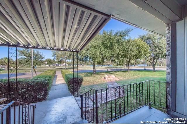 430 S Josephine Tobin Dr, San Antonio, TX 78201 (MLS #1565579) :: Beth Ann Falcon Real Estate