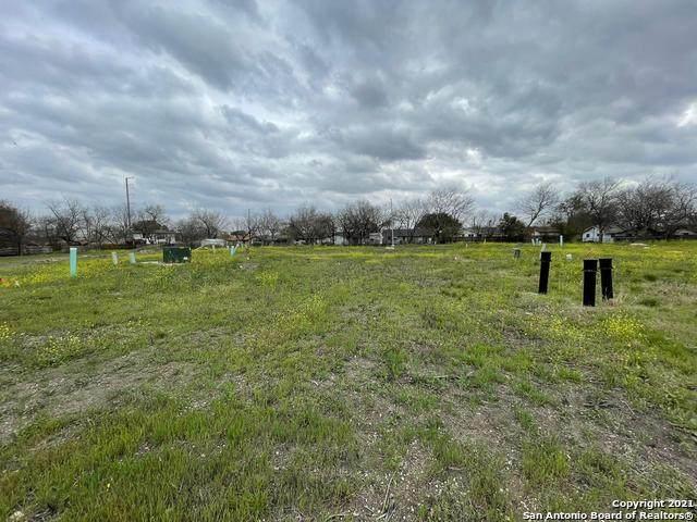 4802 Bluff St, San Antonio, TX 78228 (MLS #1565595) :: The Gradiz Group