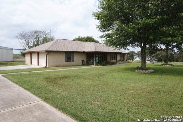 342 Tailwind Dr, Seguin, TX 78155 (MLS #1565663) :: Countdown Realty Team