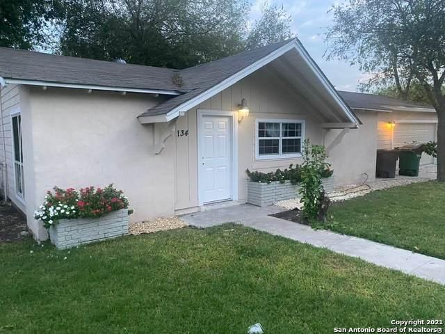 134 Carousel Dr, San Antonio, TX 78227 (MLS #1565681) :: Alexis Weigand Real Estate Group