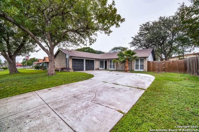 6723 Oak Lake Dr, San Antonio, TX 78244 (MLS #1565760) :: Concierge Realty of SA
