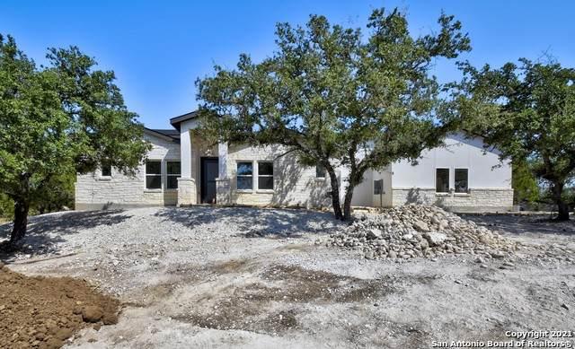 1360 Mystic Shores Blvd, Spring Branch, TX 78070 (MLS #1565913) :: ForSaleSanAntonioHomes.com