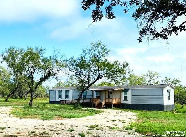 14380 Stuart Rd, San Antonio, TX 78223 (MLS #1565931) :: Alexis Weigand Real Estate Group