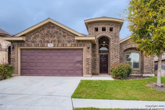 1411 Oriole Ct, San Antonio, TX 78245 (MLS #1565932) :: Alexis Weigand Real Estate Group