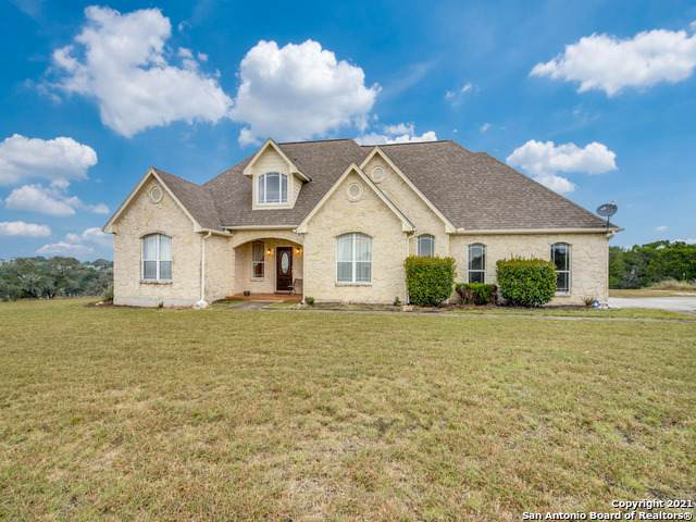 102 Mulberry Ln, Boerne, TX 78006 (MLS #1565948) :: Real Estate by Design